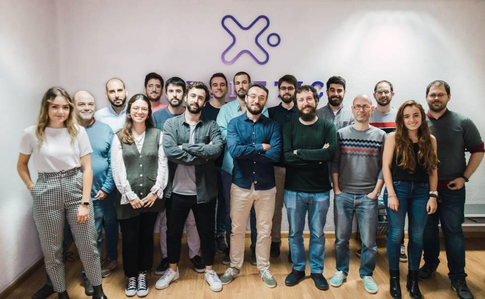 La 'startup' española Freenetic negocia el diseño de cargadores de Tesla