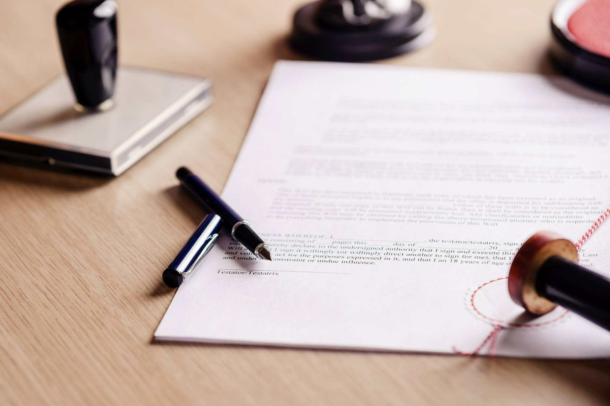 La pandemia permite redactar un testamento en casa y sin notario