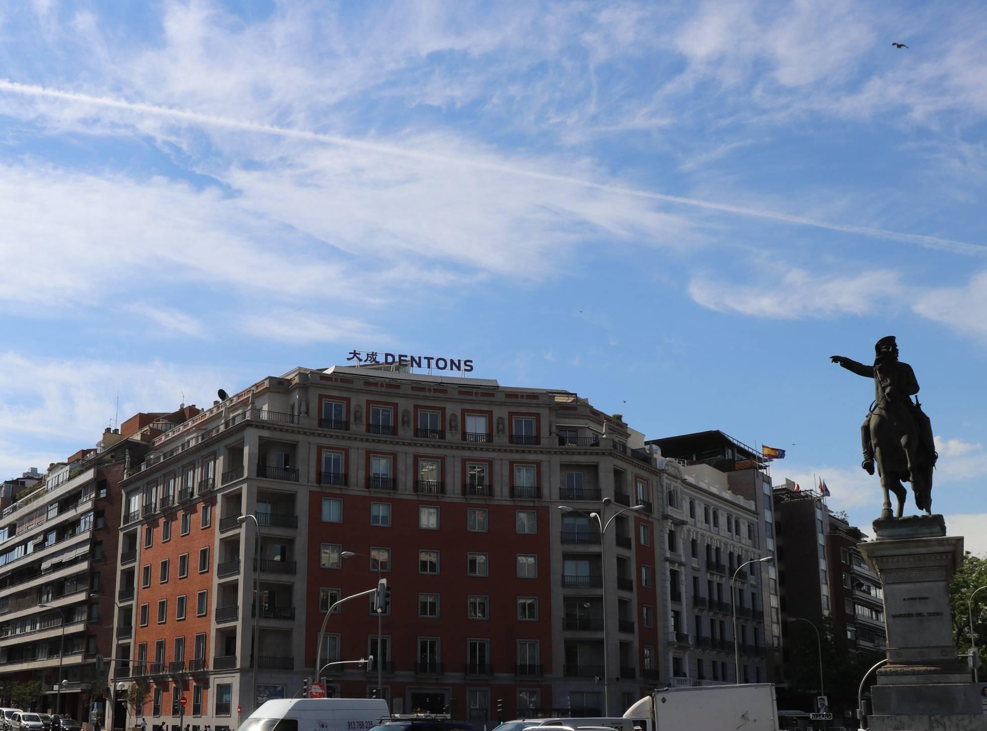 Dentons se fusiona con una firma en Uruguay