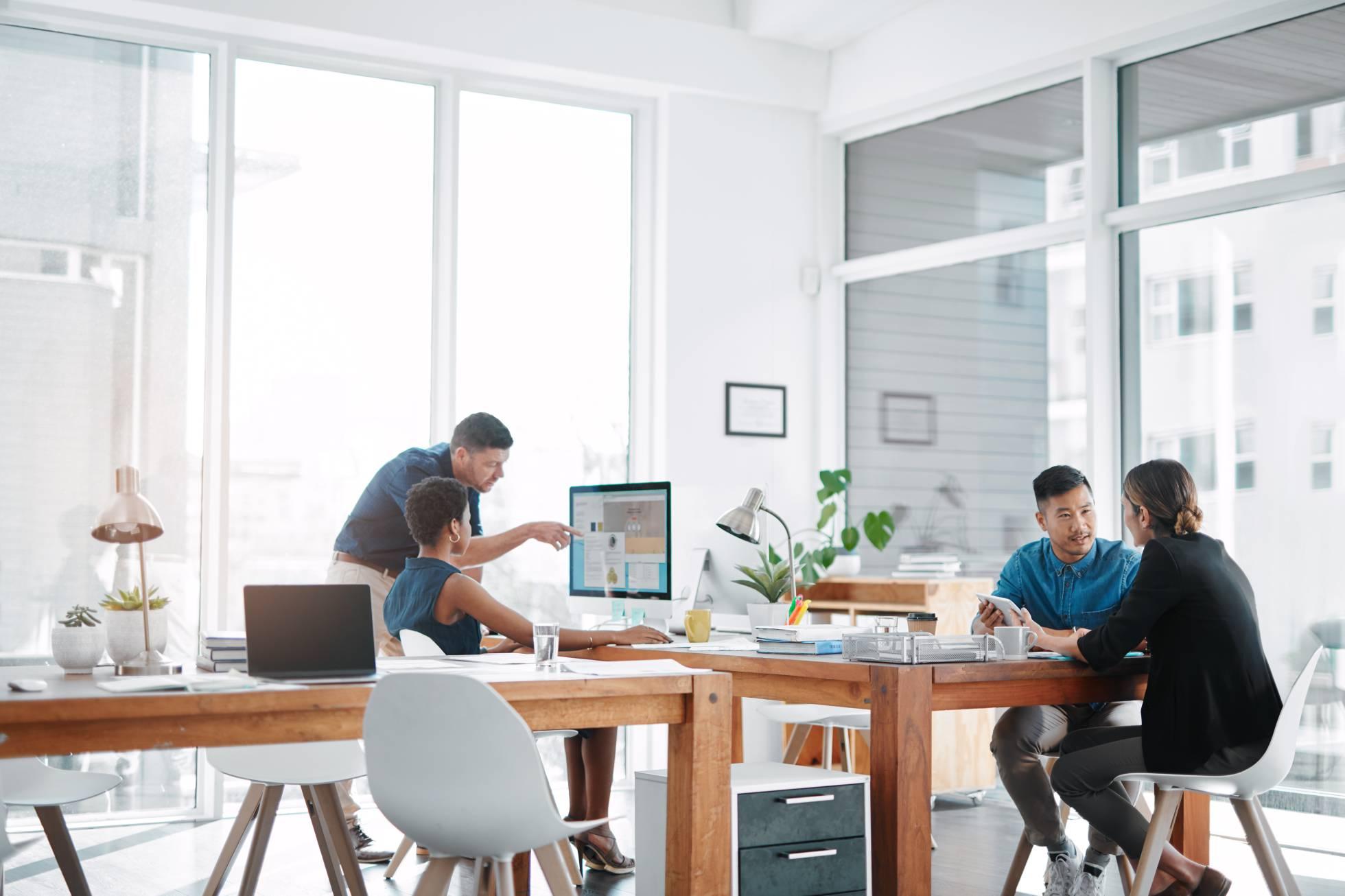 La crisis empuja a muchos abogados a cambiar su despacho por un 'coworking'