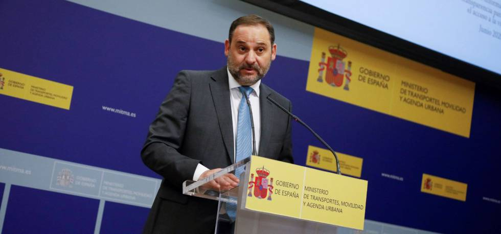 El ministro de Transportes, Movilidad y Agenda Urbana, Jose Luis Ábalos, este martes.