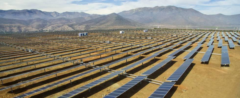 Parque fotovoltaico de El Olivo, de Grenergy, en la región chilena de Coquimbo.