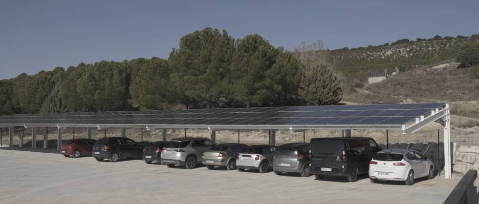 View of the solar panels on the canopy of the Matarromera Winery.