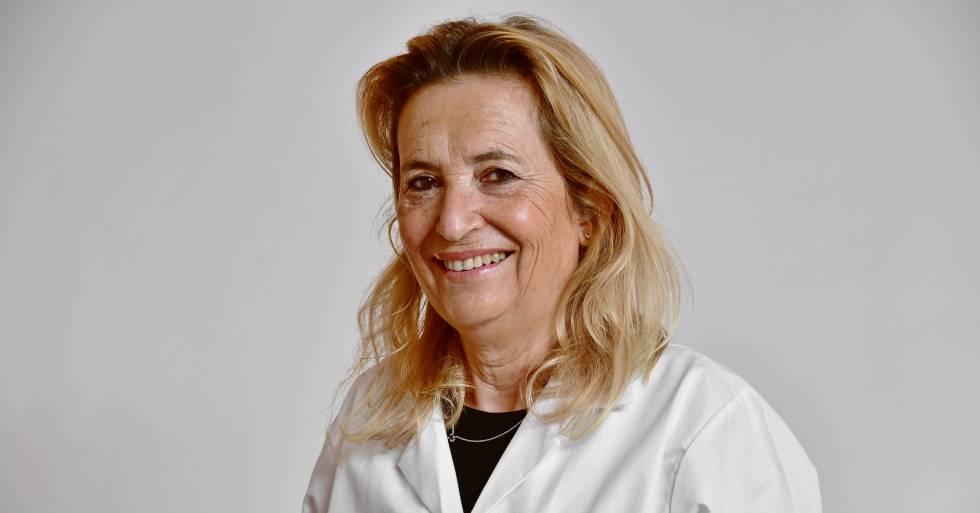 María Salinas, jefa del servicio de análisis clínicos del Hospital San Juan de Alicante.