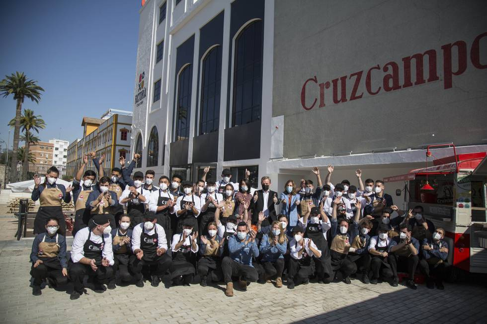 The first promotion of the Talent program, of the Cruzcampo Foundation.