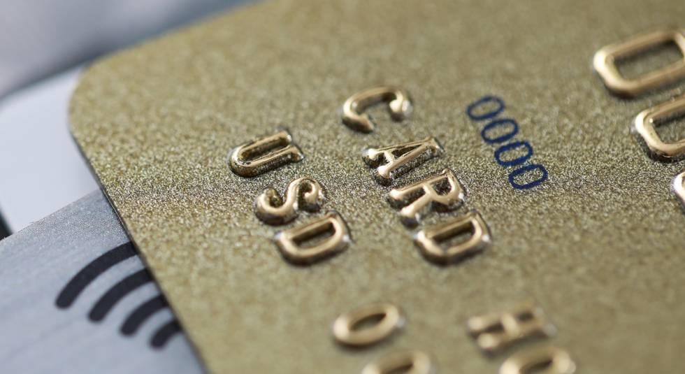 Los riesgos de las tarjetas 'revolving': claves para evitar intereses del 30%