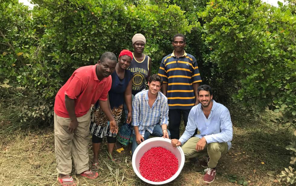 Loan Bensadon and Guillermo Milans del Bosch, founders of Baïa Food, in Ghana.