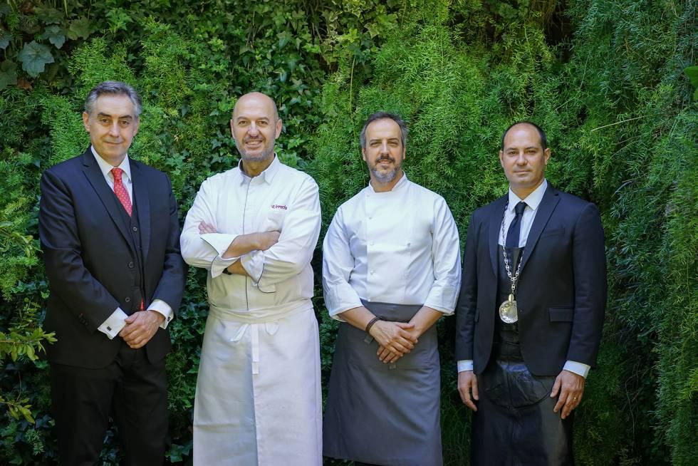 Roberto Jiménez (dining room), Íñigo Urrechu (gastronomic director), Jorge Losa (chef) and Raúl Revilla (sommelier).